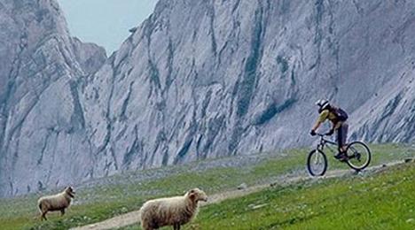 Randonnées à vélo ou à pied proche de Biarritz, dans les montagnes du Pays Basque