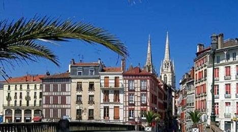 Visite touristique et culturelle de Bayonne au Pays Basque