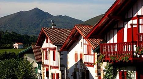 Sare, le plus beau village de France proche de l'hôtel Olatua de Bidart au Pays Basque